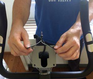 Kabelverlegung für die Handpulsensoren am Ergometer ESX500