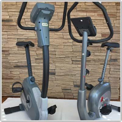 Kettler Axos Cycle M im Vergleich mit Sportstech ES400